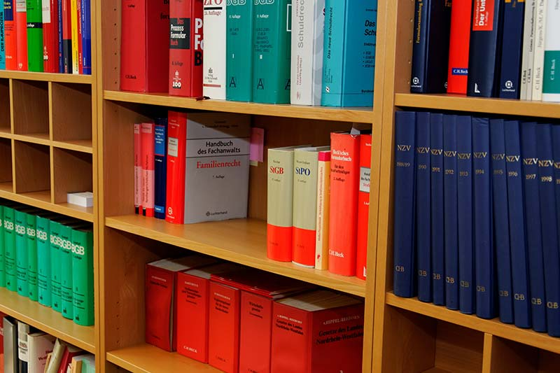 publikation-kanzlei-anwalt-buecher